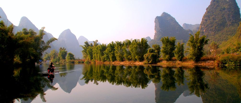 floating down the li river in yangshuo