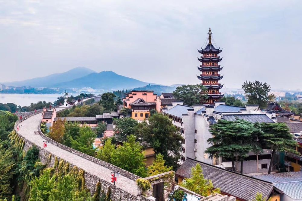 Nanjing Travel Guide: Welcome to the Southern Capital