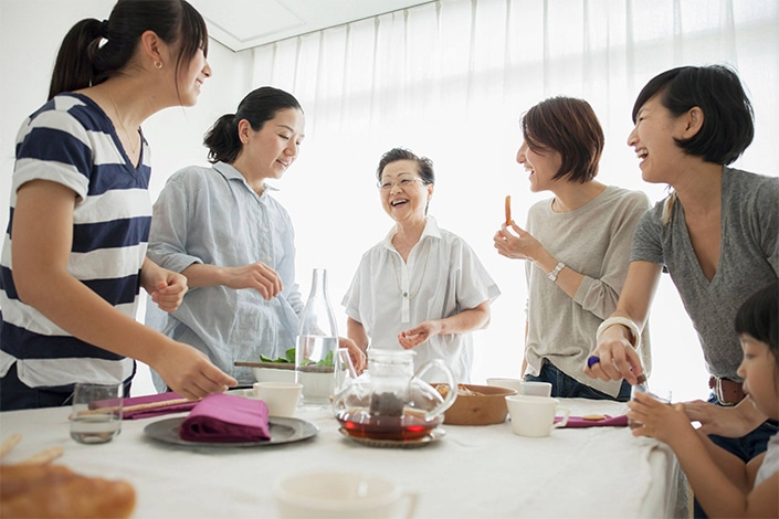 12 Chinese Proverbs About Family